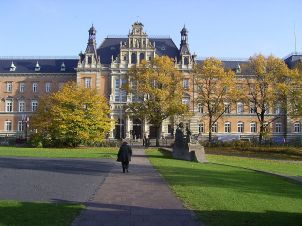 Das Hamburger Landgericht (Foto: Claus-Joachim Dickow, Wikipedia)
